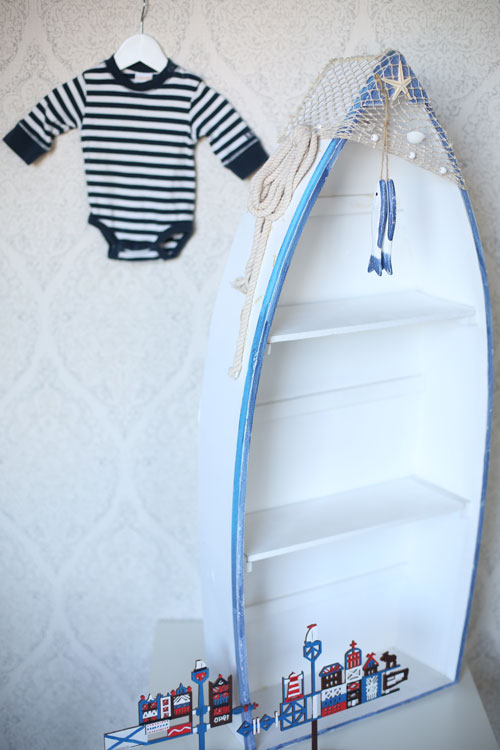 Medinė valtis - dekoracijų nuoma