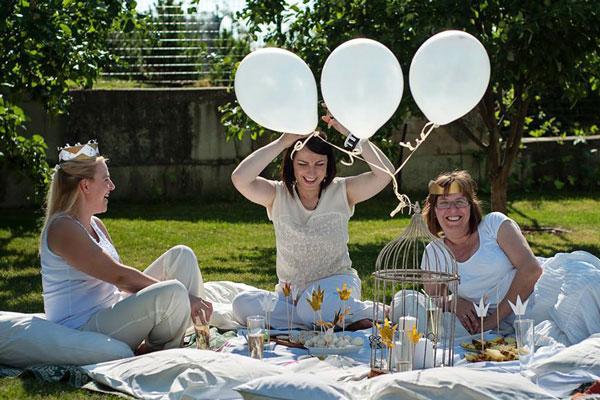 Šventės dekoravimas balti balionai