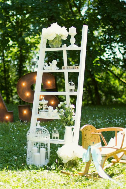 Baltos medinės kopetėlės šventės dekoravimui