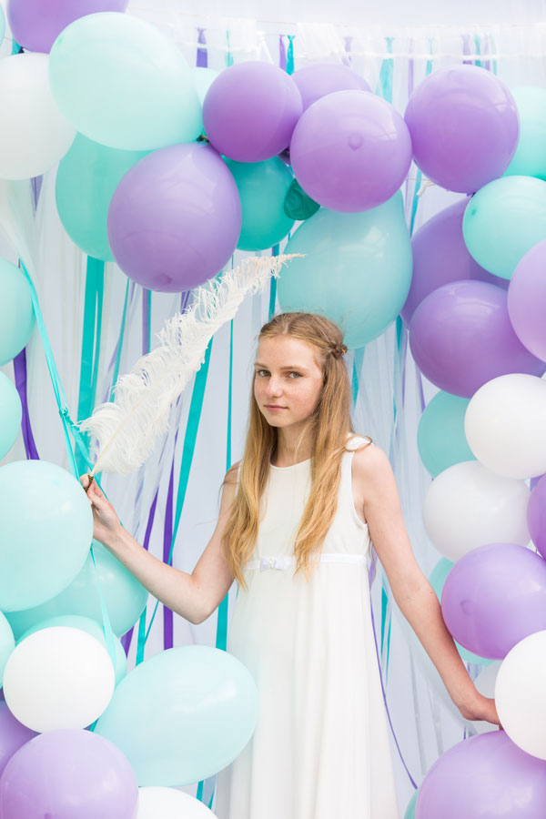 Gimtadienio dekoravimas mėtinė ir šviesiai violetinė spalva