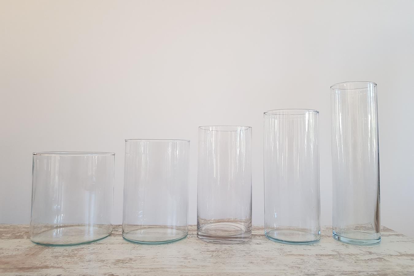 Stiklinė vaza - dekoracijų nuoma - Asta deco